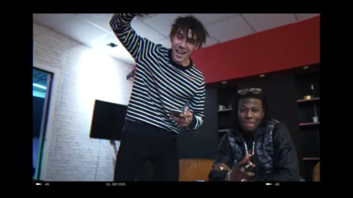 Regardez « #Cheu-B – #OhMama (#Clipofficiel) ft. #KiddKeo » sur #YouTube