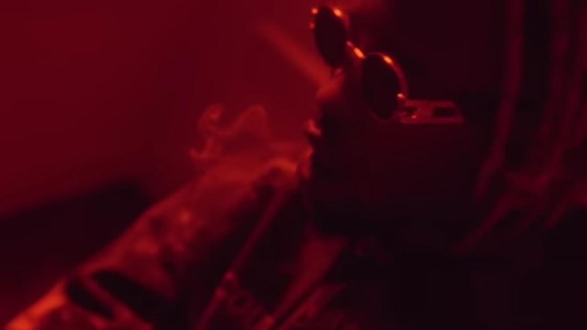 Regardez «#JokAir – #Feuxdartifice (prod. #HarryFraud) I #RedBullMusic» sur#YouTube