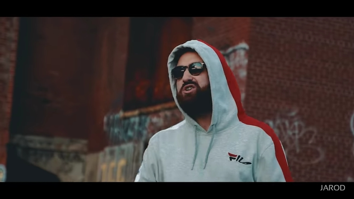 Regardez « #Jarod – #CrackGame [#ClipOfficiel] » sur #YouTube