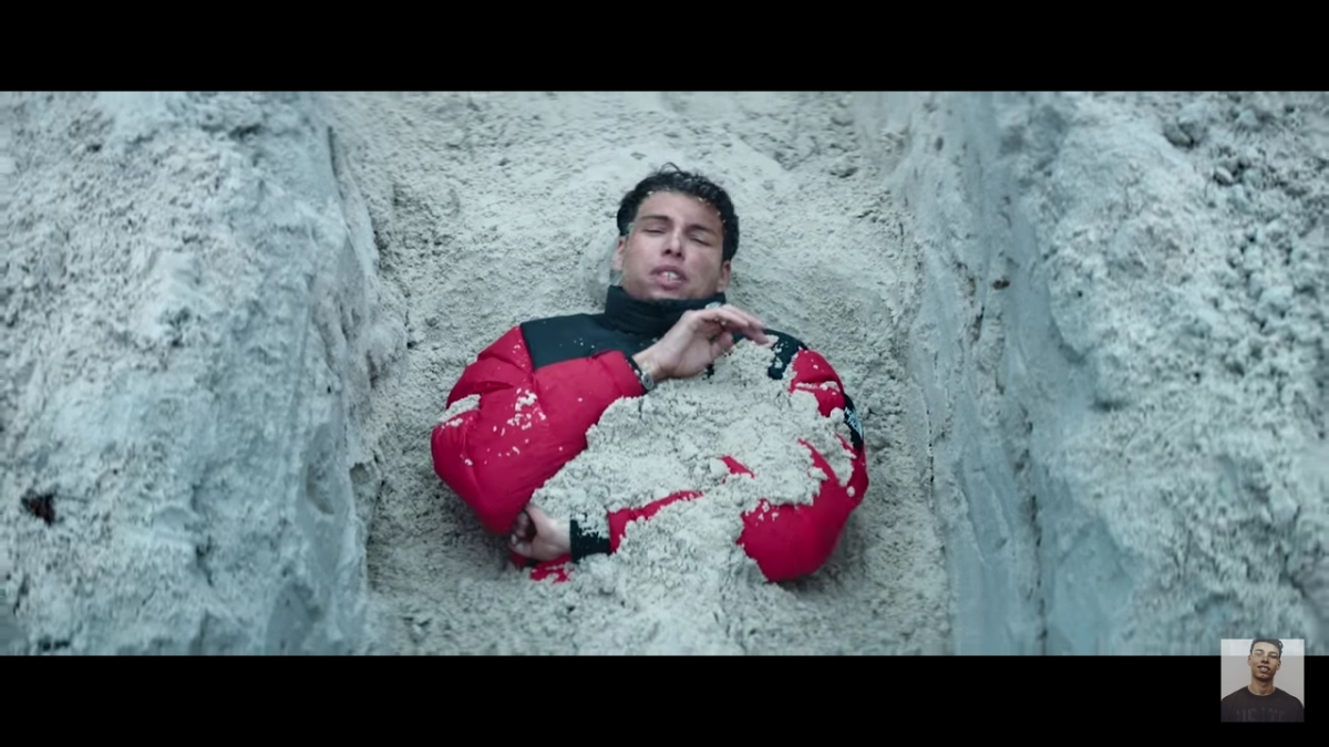 Regardez «#Georgio – #DansMonÉlément feat. #Isha (#ClipOfficiel)» sur#YouTube