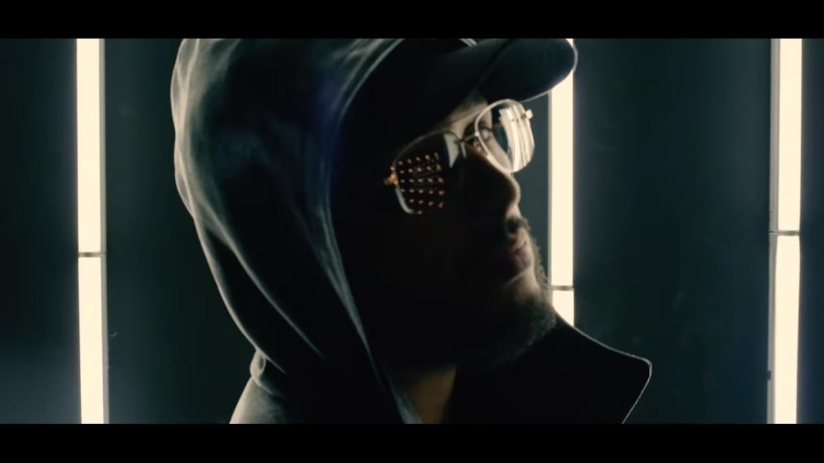 Regardez «#2zer – #Seulement (#ClipOfficiel)» sur#YouTube