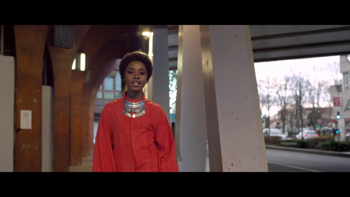 Regardez « #AnnShirley – #Danse [#ClipOfficiel] » sur #YouTube