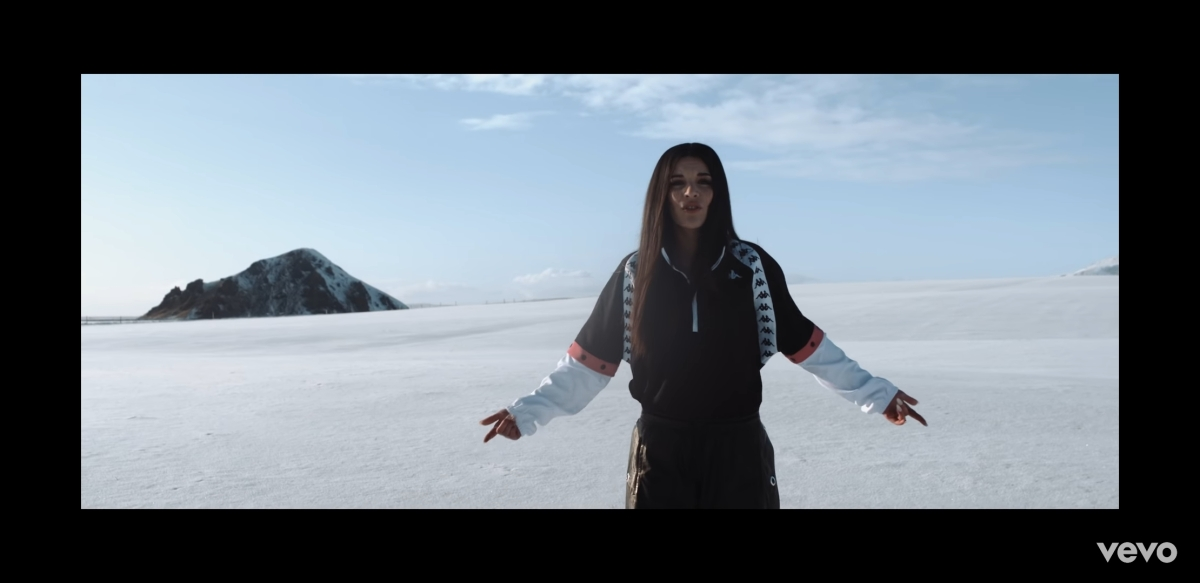 Regardez « #AlyBass – #AppelManqué (Clip officiel) » sur #YouTube