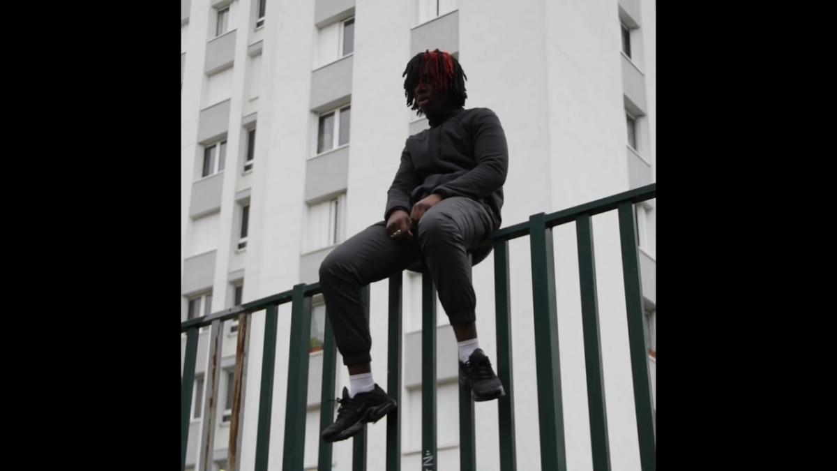 Regardez «#CÉCÉ – #Solitaire» sur#YouTube