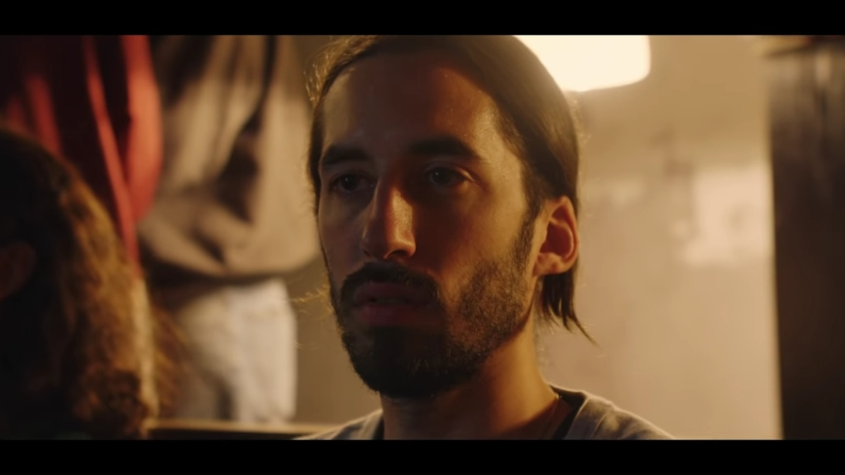 Regardez « #Lomepal – #RegardeMoi (#ClipOfficiel) » sur #YouTube
